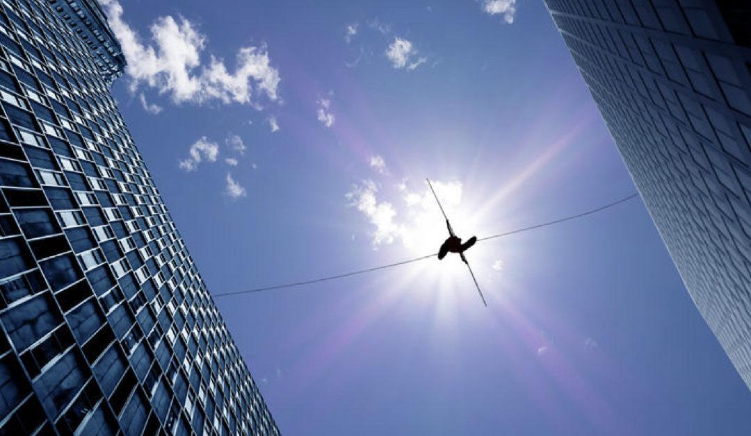 "9 Factors that Create the ""Sales Enablement Effectiveness Gap"""